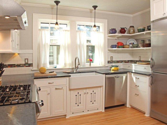 Оригинальная идея освещения кухни с мягким рассеянным светом.