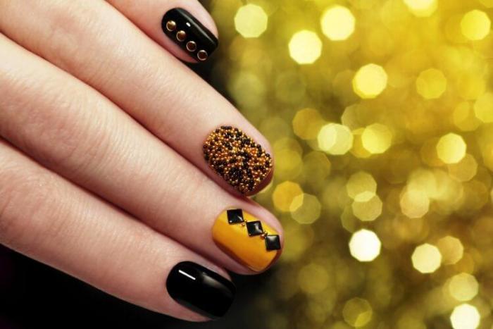 Оригинальный декор ногтей. \ Фото: google.ru.