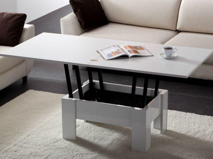 Компактный стол-трансформер.