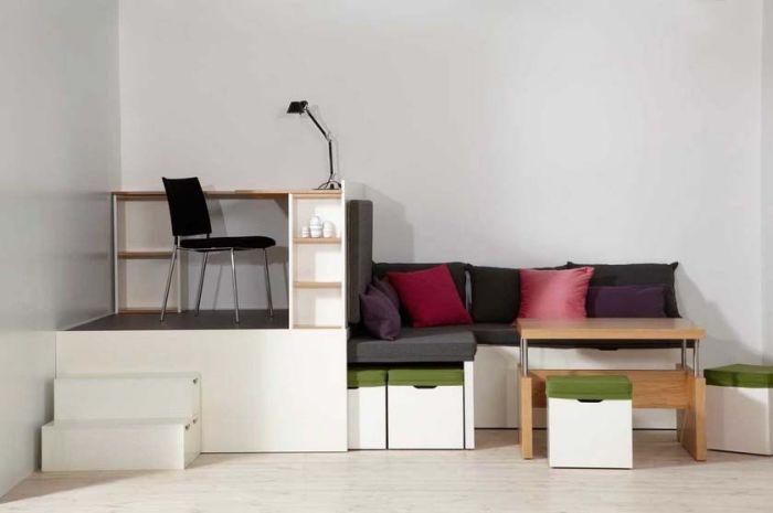 Модульный блок трансформер с рабочим местом и местом для отдыха, а также хранения вещей.