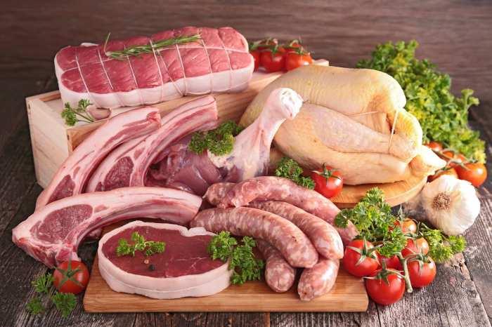 Не бойтесь попросить у продавца документы на мясо. \ hoznauka.ru.