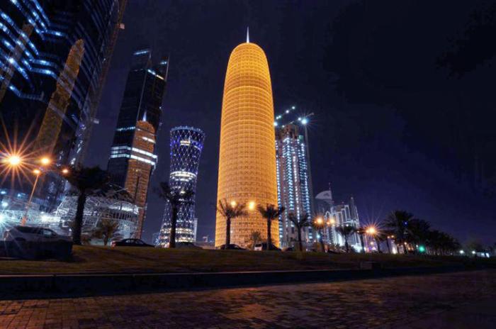 Пятидесятиэтажное офисное здание поражает своей необычной формой.
