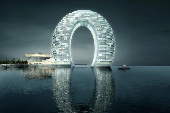 Благодаря своей форме, данная конструкция способна выдержать любое землетрясение.