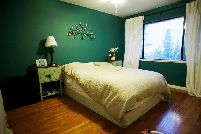 Нефритовый цвет станет прекрасным дополнением спальной комнаты.
