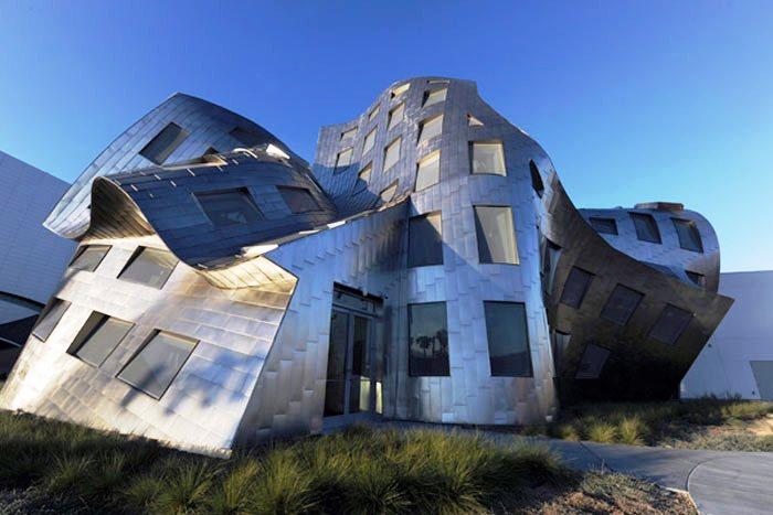 13 июля 2009 года в американском городе Лас-Вегас, США, был открыт медицинский комплекс «Центр здоровья мозга».
