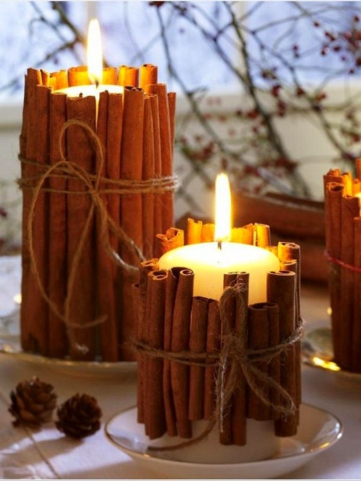 Аромат корицы и пламя свечи придадут интерьеру невероятную атмосферу уюта и тепла.