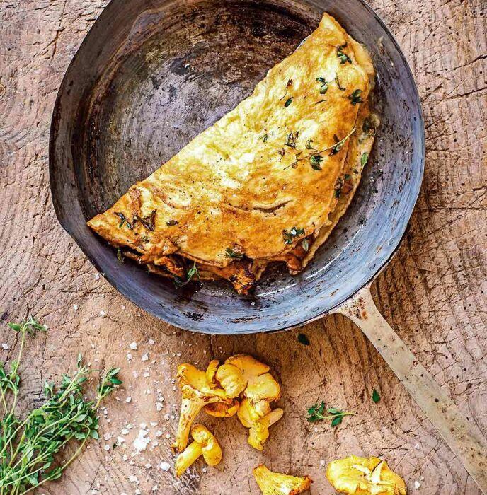 Омлет с лисичками. \ Фото: leitesculinaria.com.