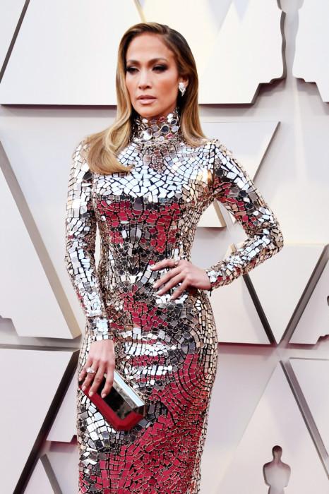 Она выбрала блестящий наряд от Tom Ford.\ Фото: viva.ua.
