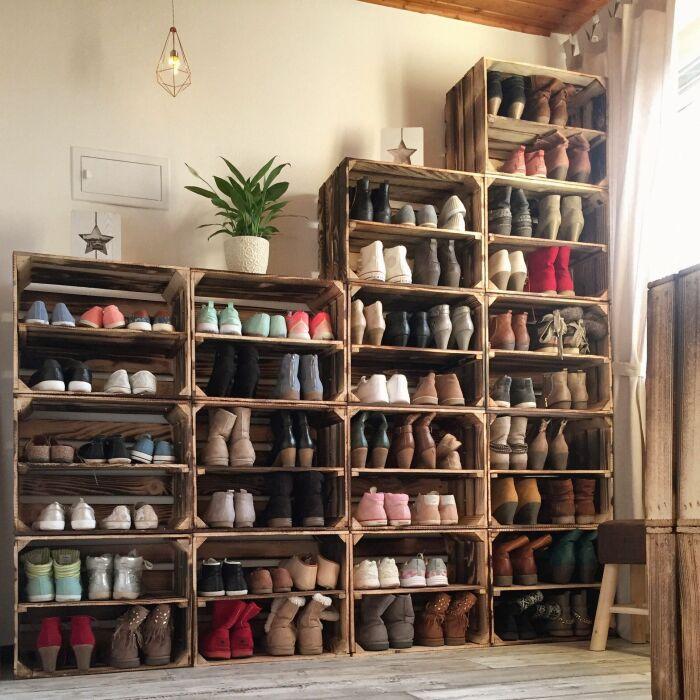 Стеллаж для обуви из ящиков. \ Фото: pinterest.es.