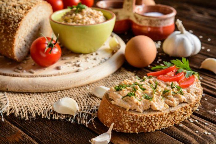 Паштет из свиной печени с овощами. \ Фото: chefmarket.ru.