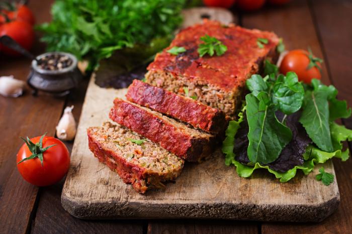 Потрясающе вкусный мясной хлеб. \ Фото: mvkus.mvideo.ru.