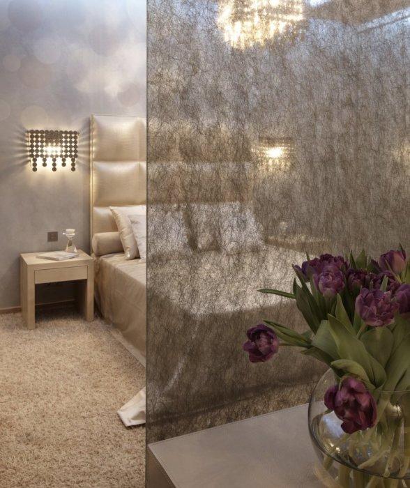 Декоративная перегородка, отделяющая спальное место от общей комнаты.