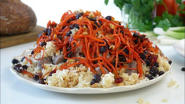 Плов по-афгански с мясом ягнёнка. \ Фото: youtube.com.