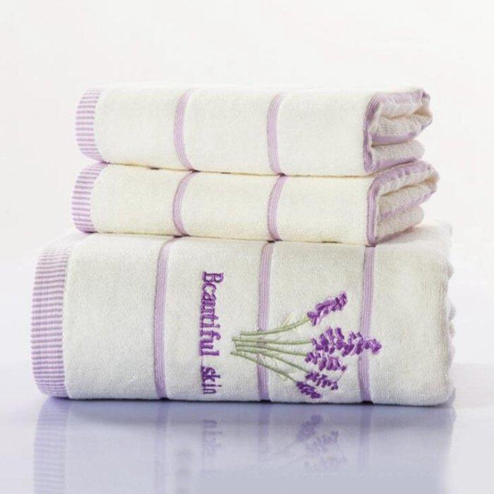 Набор банных полотенец. \ Фото: amazon.de.