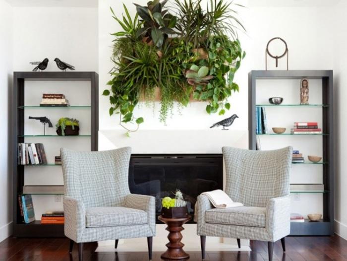 Такие цветочные полки станут прекрасным элементом декора любого интерьера.