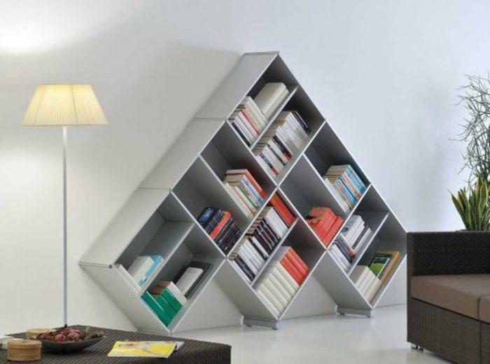 Стеллаж для книг.