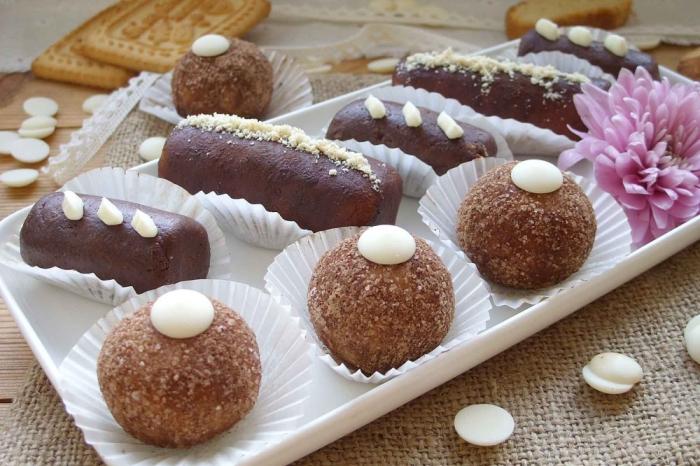 Картошка из печенья и сгущёнки. \ Фото: livingincity.onrender.com.