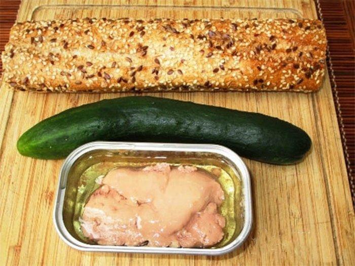 Аппетитный бутерброд можно приготовить за 10-15 минут!