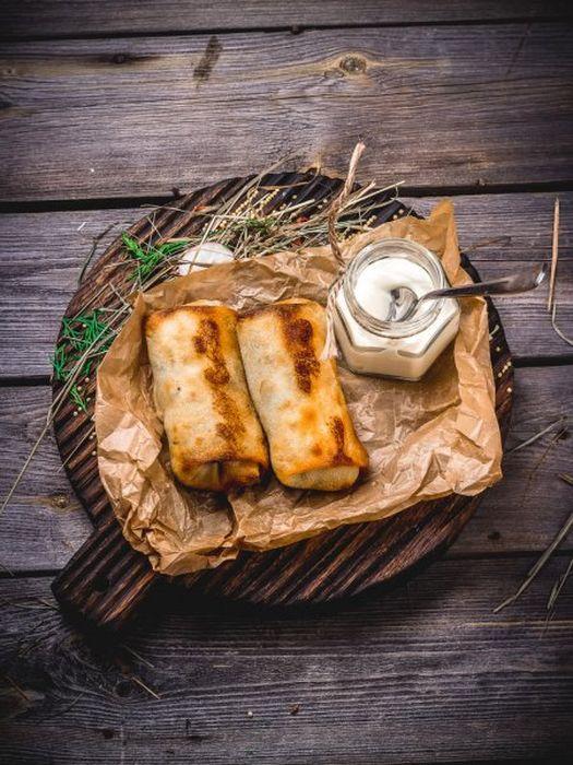 Блинчики с рисовой начинкой. \ Фото: google.com.