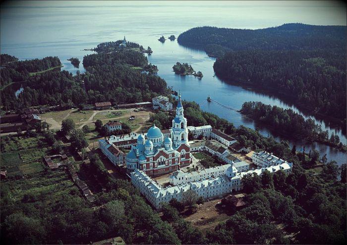 Великолепная природная зона и местные достопримечательности. \ Фото:  russianasha.ru.