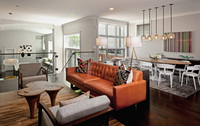 Хотите привнести немного сочных красок в свой интерьере? Сочетайте серый с оранжевым или апельсиновым.