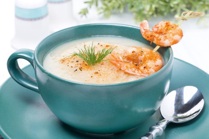 Крем-суп с креветками. \ Фото: dreamstime.com.