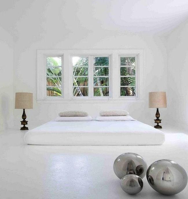 Как правило, цвета для спальни в стиле минимализм должны быть весьма сдержанными.