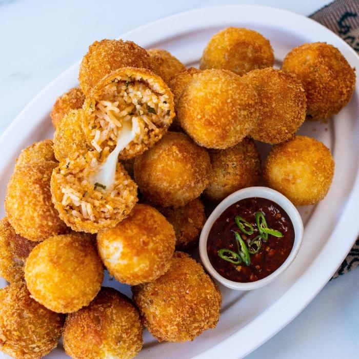 Рисовые шарики. \ Фото: mybigfathalalblog.com.