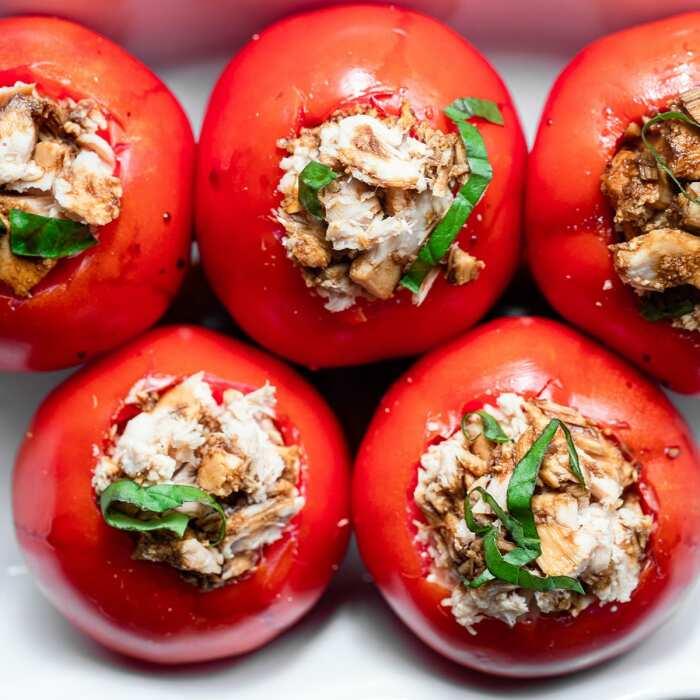 Чем нафаршировать помидоры: 5 аппетитных начинок