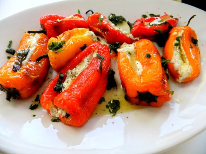 Невероятно вкусный фаршированный перец. \ Фото: vegecrimea.ru.