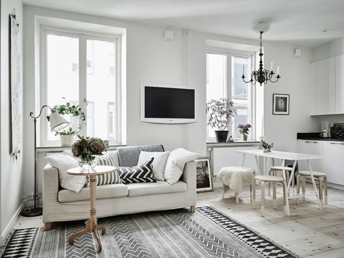 Квартира-студия в светлых тонах и оттенках - идеальный вариант для маленькой жилплощади.