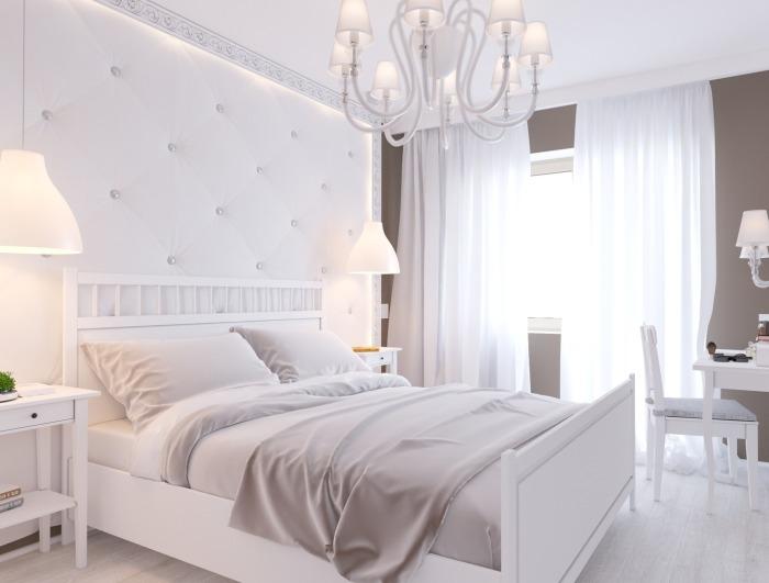 Уют в спальне помогут создать правильное освещение и цветовая гамма.