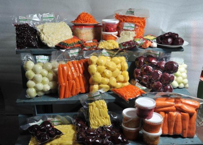 Вакуумная упаковка - прекрасное решение для тех, кто хочет продлить срок годности продуктам. \ Фото: okhta.ru.