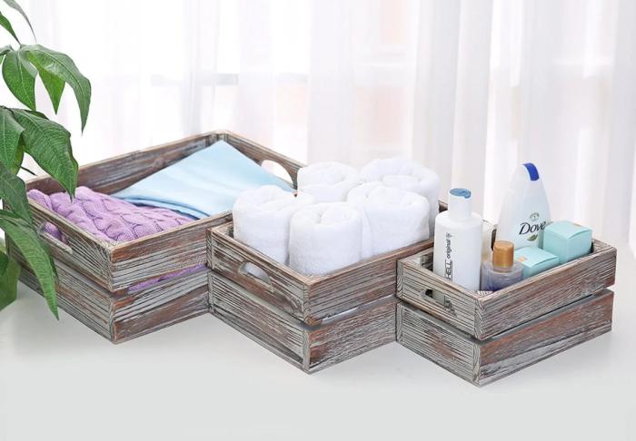 Деревянные ящики для ванно-банных принадлежностей. \ Фото: google.com.ua.
