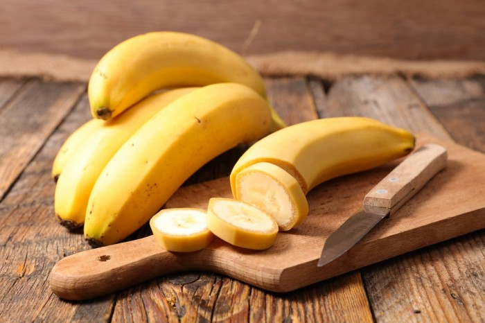 Бананы тоже придутся кстати. / Фото: ivetta.ua.