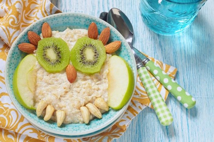 Лучший завтрак для детей - это каши.