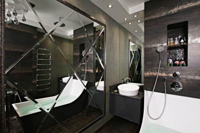 В интерьере ванных комнатах и санузлах зеркальная плитка может выглядеть очень эффектно.