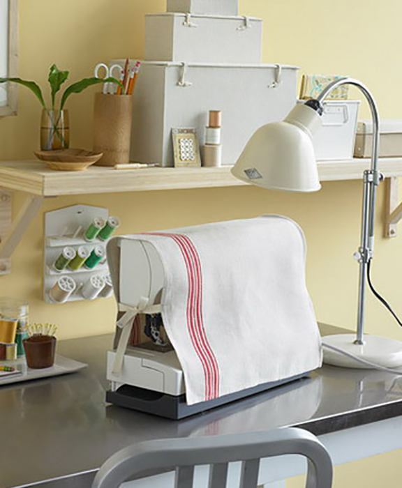 Чехол для швейной машинки.
