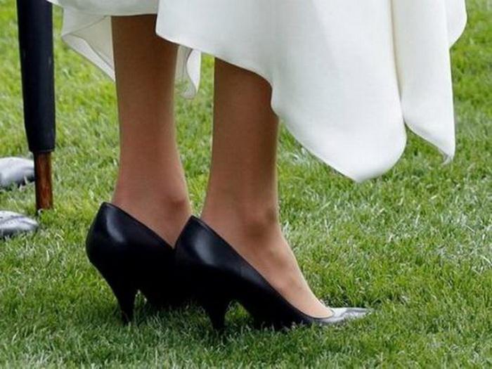 Туфли Меган Маркл.