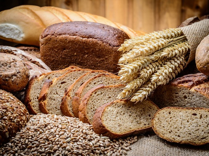 Как вернуть мягкость зачерствевшему хлебу.