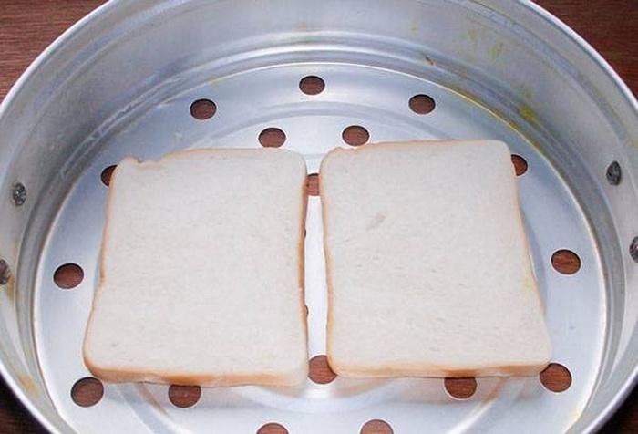 Как размягчить хлеб в пароварке.