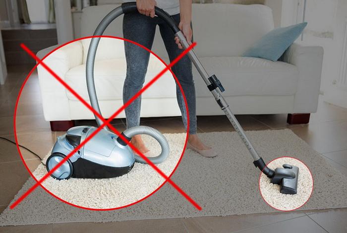 Ртуть нельзя собирать пылесосом.