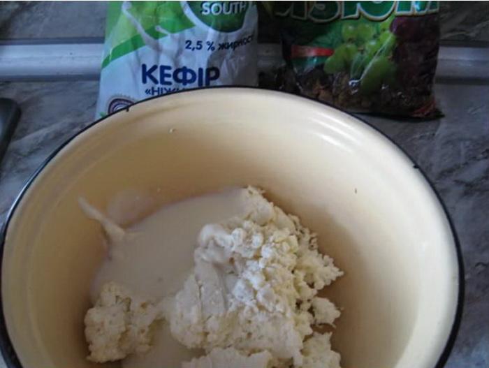 Как приготовить оладьи с творогом и сыром: пошаговый рецепт.
