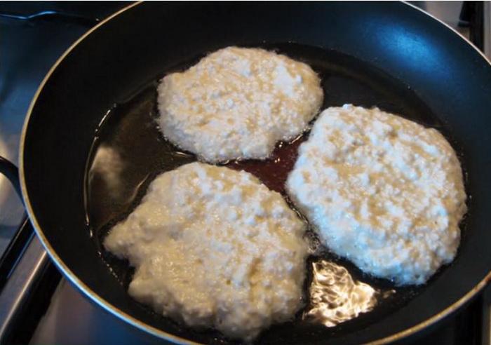 Ленивые хачапури на сковороде.