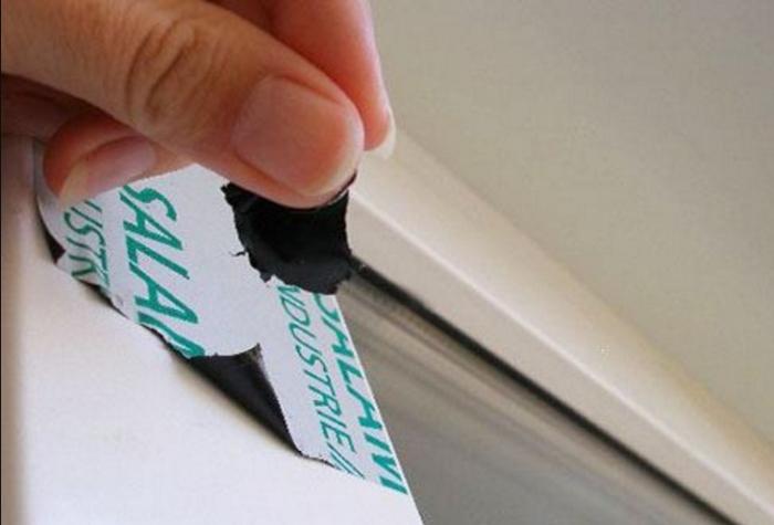 Как удалить защитную пленку с пластиковых окон.