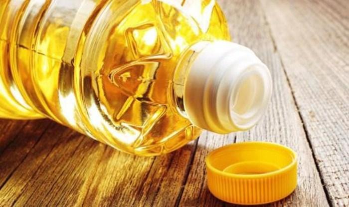 Подсолнечное масло - эффективное средство в борьбе за чистоту.