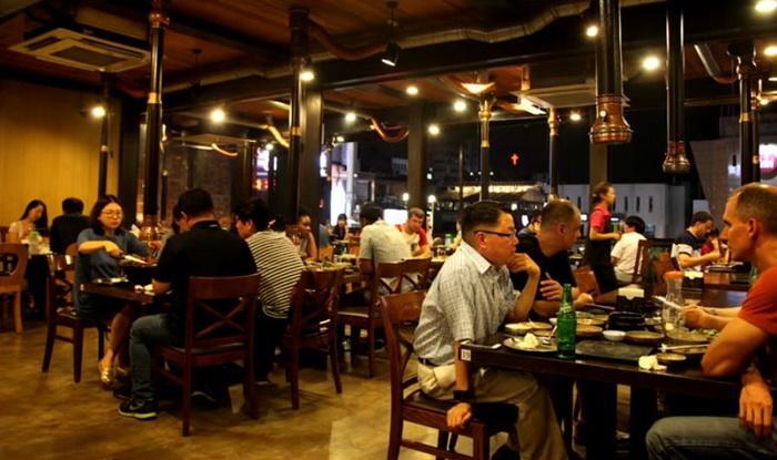 Рестораны в Южной Корее никогда не пустуют.