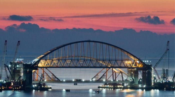Крымский мост построен досрочно.
