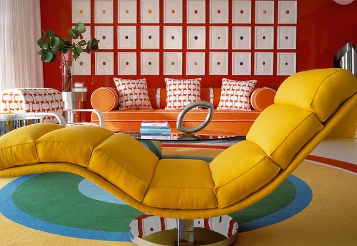 Разноцветная комната.