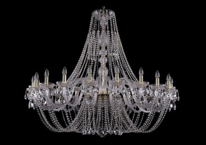 Длинные люстры - роскошь, уместная только в комнатах с высокими потолками и большой площадью.